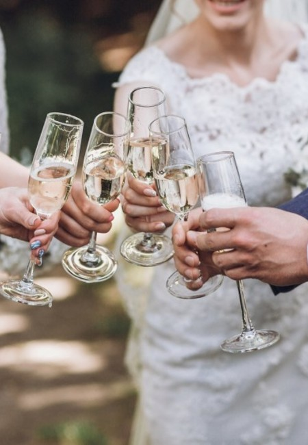 Wedding wishes guest celebrate with newlyweds champagne 1024x562