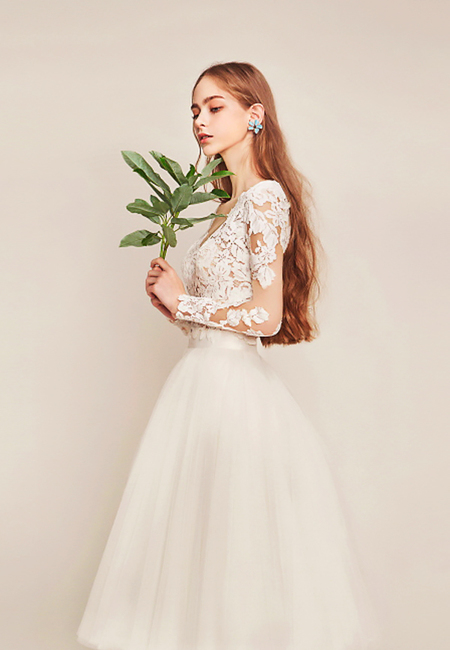 Tea length wedding dresses lace tatoo effect long sleeves metier couture